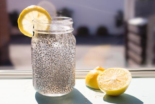 Hạt chia có thể uống cùng nha đam và đường phèn