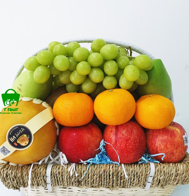 Giỏ trái cây ngày cưới bắt mắt