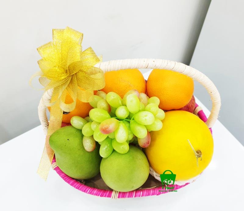 Nên chọn nhưng loại trái cây tươi để gói giỏ quà