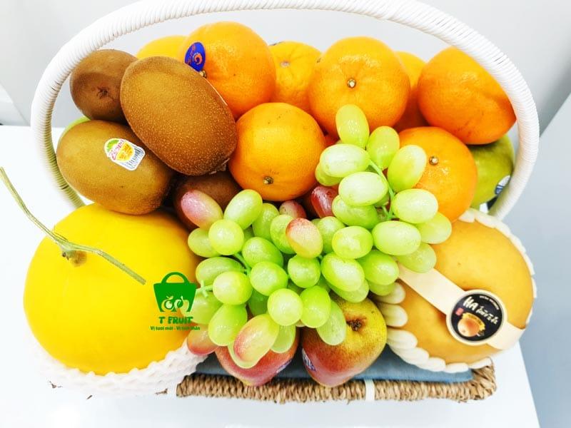 Giỏ trái cây làm quà tặng trước hết phải tươi và chất lượng