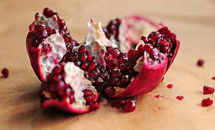 hạt lựu đỏ là thực phẩm chống lão hóa