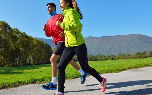luyện tập thể dục giúp tăng sức đề kháng để phòng chống corona