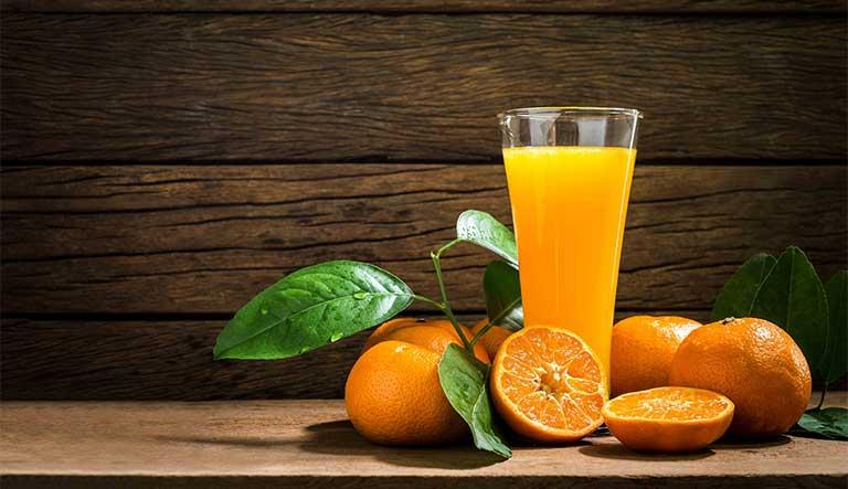 cam giàu vitamin C cho người trị ung thư